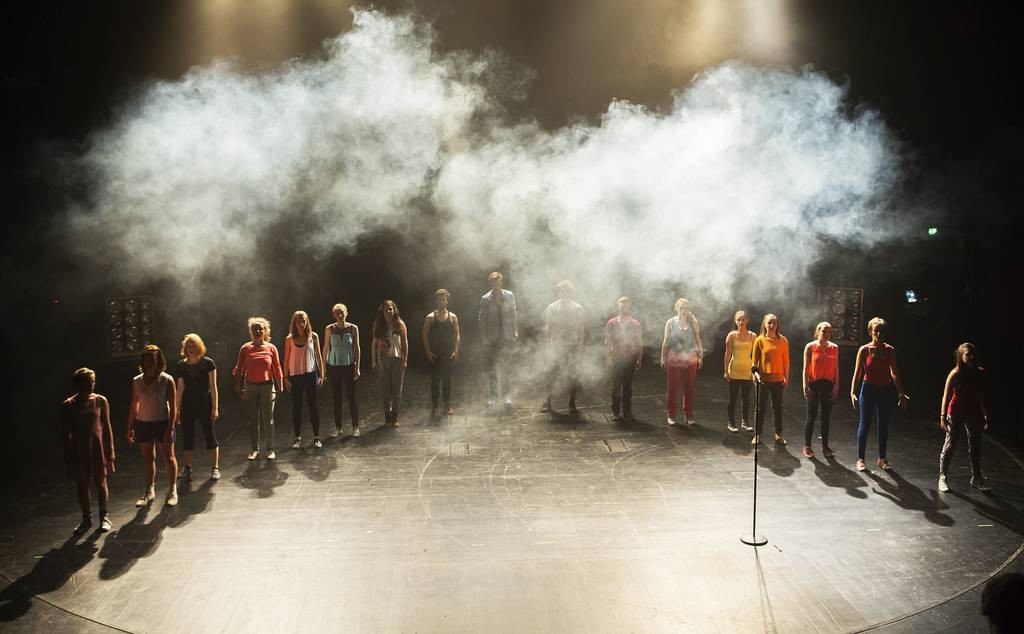Yves Hinrichs Jugendclub-Inszenierung FROZEN. © Rolf Arnold