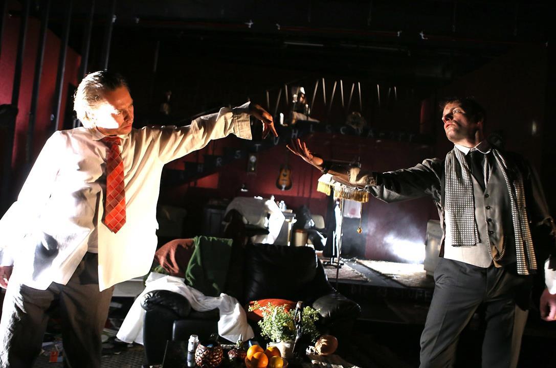 Die Erschaffung Adams aus dem Geist der Komödie. Manuel Harder und Oliver Kraushaar © Birgit Hupfeld
